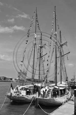 La Belle poule and Etoile Tall ships
